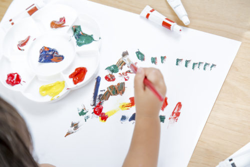 脳の働きを良くする知育遊び☆塗り絵の画材の種類とおすすめサイトまとめ