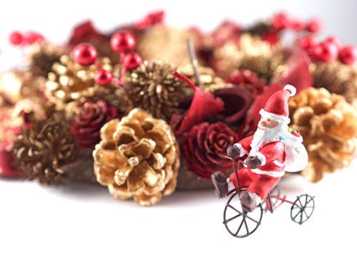 ドアにも壁にも飾り付け♥おすすめのクリスマスインテリア2021