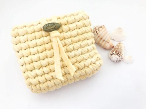 可愛いポーチを編んでみよう♪小物入れのTシャツヤーンポーチの作り方・編み方