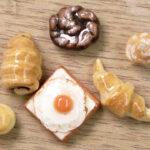 100均材料でも◎ 粘土で作る本物みたいなミニチュアパンの作り方