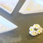 指輪の簡単ハンドメイド♪子どもにも作れるお花模様のビーズリングの作り方